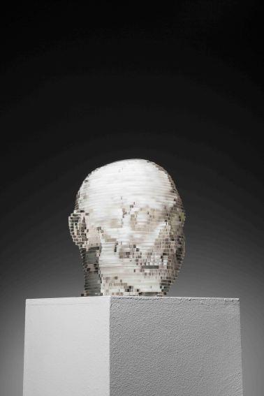 서정빈_자소상 Self-portrait_2012_Acrylic sheets_24 x 22 x 26 cm