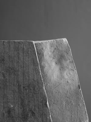 전명은_누워있는 조각가의 시간 Le Repos Incomplet_2016_Archival pigment print_68 x 51 cm (2)